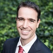 Dr. Ismael Fernandez